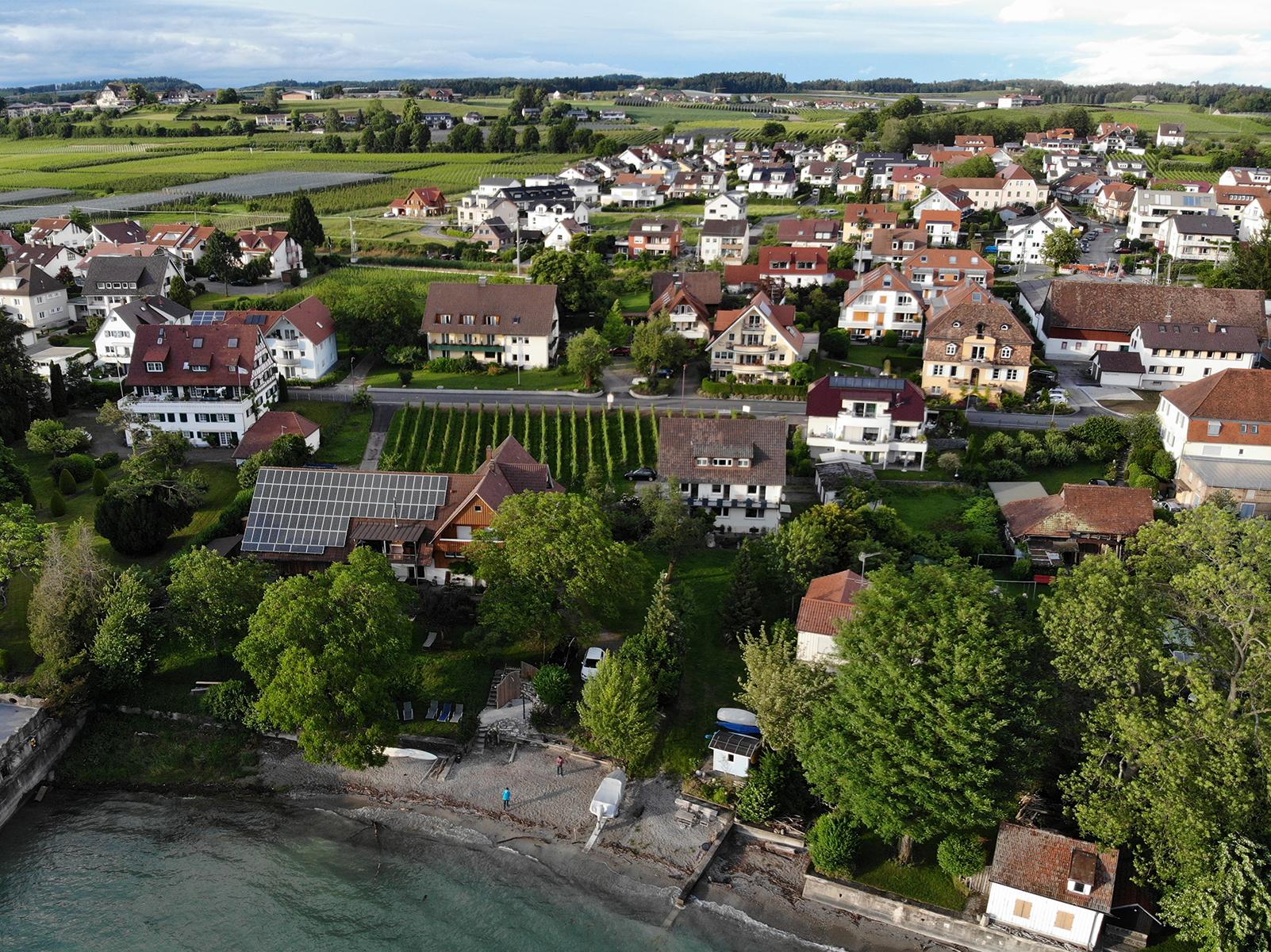Luftaufnahme des Bauernhaus vom Bodensee